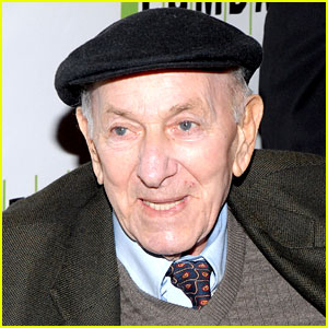 the-odd-couple-actor-jack-klugman-dead-at-90