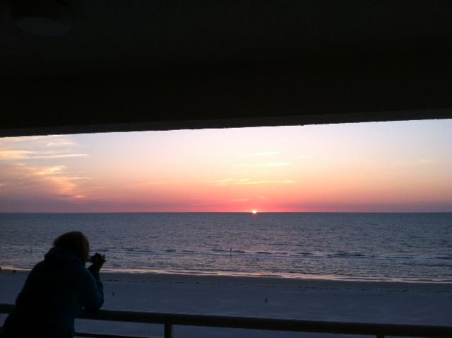 Sunset M