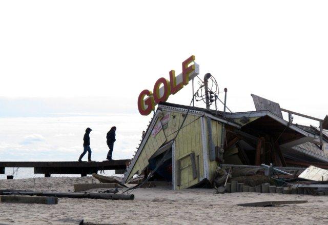 Miniature Golf Damage