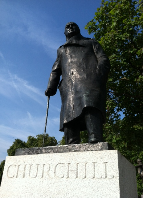 Tour - Churchill