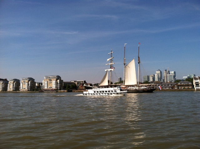 UK - Boats on the Thames